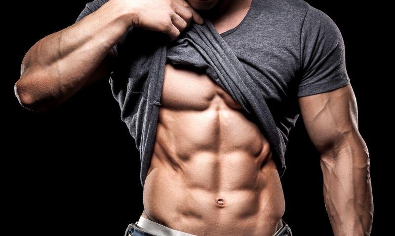 4 ćwiczenia, aby trening na brzuch na siłowni na 100% działał