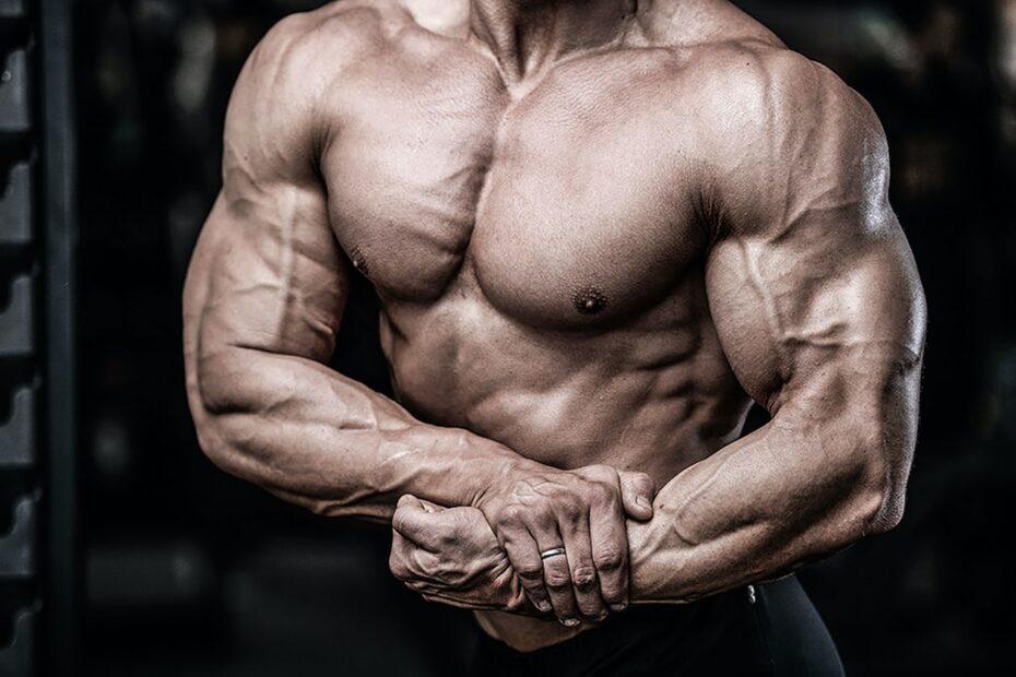 4 Efektywne ćwiczenia i trening na środek klatki piersiowej