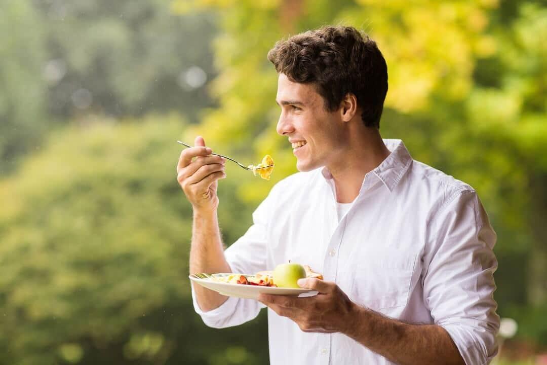 Jakie efekty da dieta 1700 kcal dziennie? (Gotowy jadłospis)