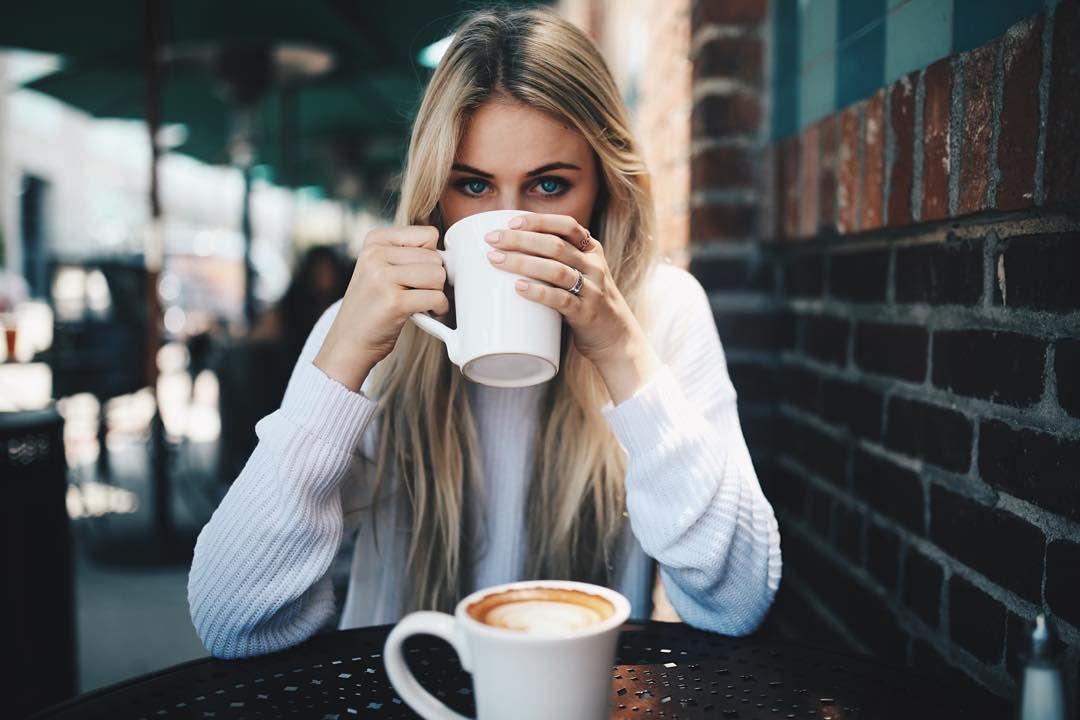 Kawa kuloodporna (bulletproof) z masłem i olejem kokosowym