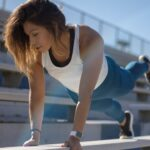 Dlaczego warto ćwiczyć codziennie na siłowni lub w domu?